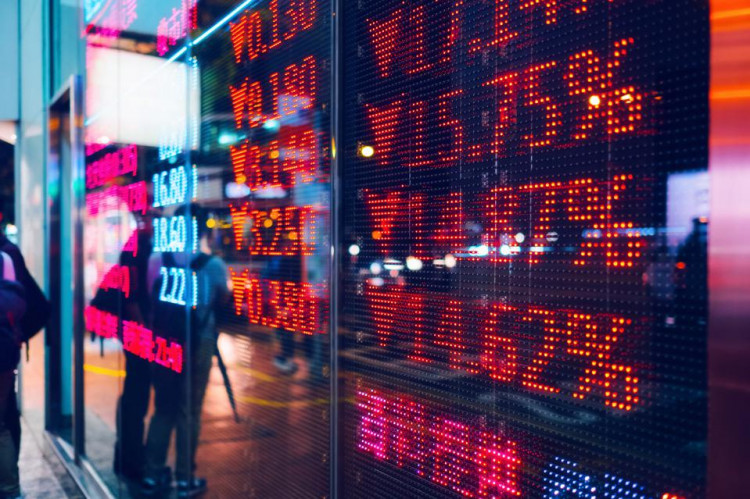 What should everyone know about the stock market?